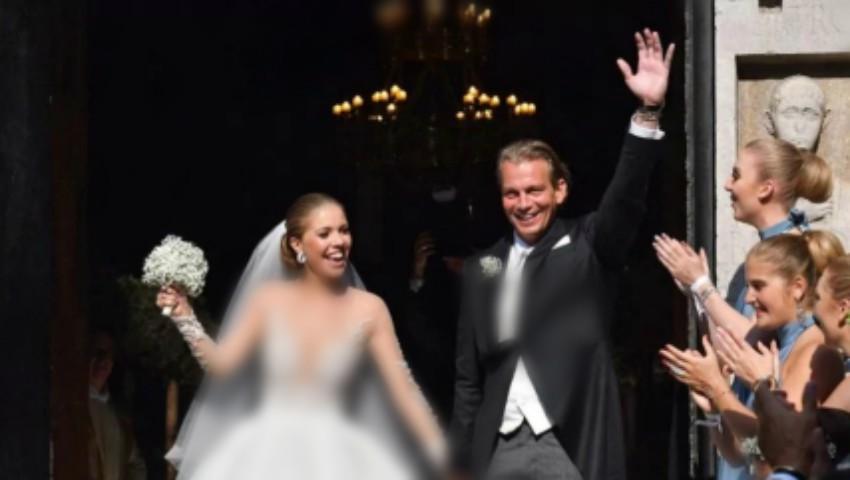 Foto: Moștenitoarea imperiului Swarovski s-a măritat cu un milionar. Cum arată rochia cu 46 de kilograme de pietre