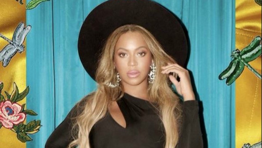 Foto: Beyonce și-a adus gemenii pe lume