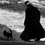 Foto: Călugărul alcoolic! Citește și apoi judecă