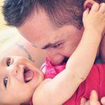 Foto: Prezența taților în viața copiilor e la fel de importantă ca și cea a mamelor
