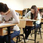 Foto: Liceenii susțin astăzi examenul de bacalaureat la limba de instruire