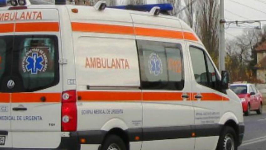 Foto: Un tânăr a murit electrocutat și un altul e la spital, după ce au încercat să își facă un selfie