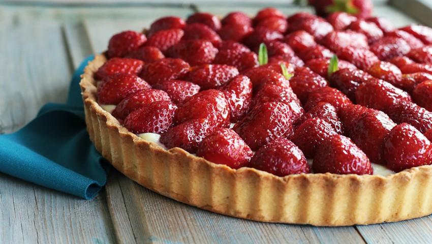 Foto: Tartă cu căpșuni și cremă de vanilie