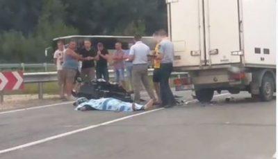 Accident groaznic pe traseul Chişinău-Leuşeni. Un motociclist a murit