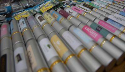 Produse cosmetice contrafăcute au fost depistate la o tarabă din Piața Centrală