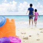 Foto: Nu mai posta pe Facebook poze cu copii la plajă! E groaznic ce se poate întâmpla!