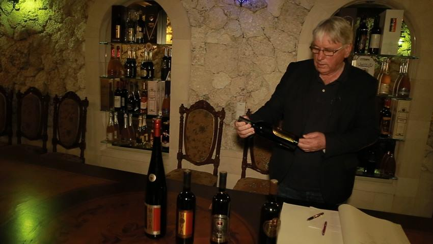 Foto: Povestea Vinăriei Brănești ascunsă într-o mină veche de calcar