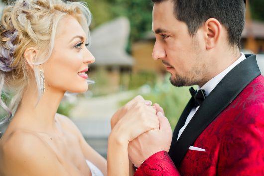 Gloria Gorceag și Smally își joacă azi nunta. Iată ce rochie de mireasă a ales să poarte prezentatoarea TV