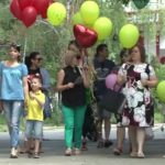 Foto: Mame de îngeri, mai multe mămici care și-au pierdut copiii, și-au dat întâlnire la Grădina Botanică din Capitală!