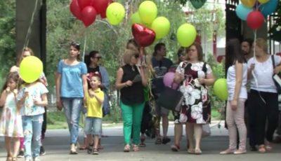 Mame de îngeri, mai multe mămici care și-au pierdut copiii, și-au dat întâlnire la Grădina Botanică din Capitală!