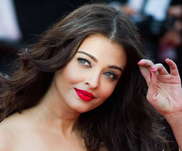 aishwarya-rai-67th-annual-cannes-film-festival-two-days-one-night-premiere-9-asa_118276_large