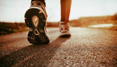 Cum îți pot schimba viața 15 minute de mers pe jos în fiecare zi!