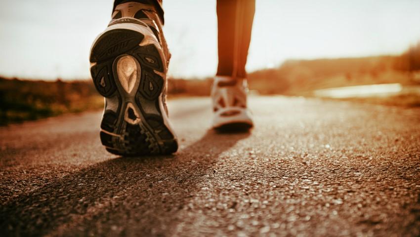 Foto: Cum îți pot schimba viața 15 minute de mers pe jos în fiecare zi!