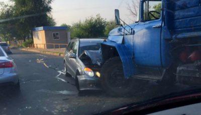 Accident grav pe strada Grenoble din Capitală!