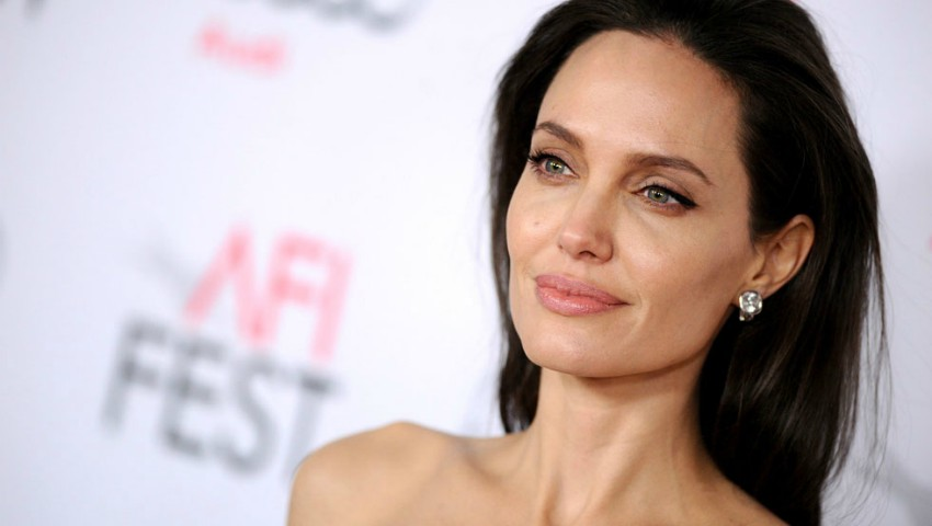 Ce este paralizia Bell, afecțiunea de care a suferit Angelina Jolie