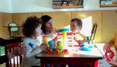 Donează jucării copiilor cu autism!