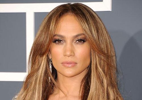 Cum arată Jennifer Lopez la 48 de ani în costum de baie