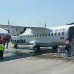 Foto: Un avion de pe cursa București-Chișinău, așteptat de pompieri la numai 20 de minute de la decolare!