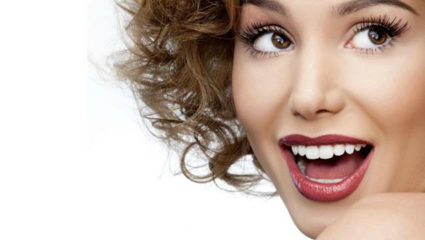 Foto: Opt remedii naturale de albire a dinților