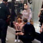 Foto: Tragic! O fetiță a fost răpită chiar sub ochii mamei sale