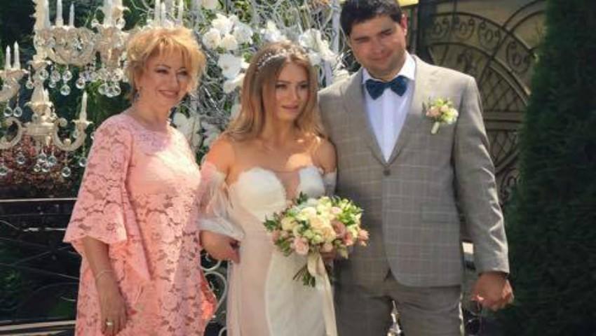 Foto: Galina Rotaru, soacră mare. Cel mai călător cuplu din Moldova s-a căsătorit