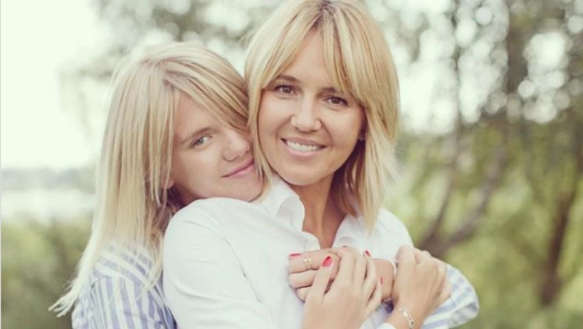 Foto: Mamele arată la fel de bine ca și fiicele lor