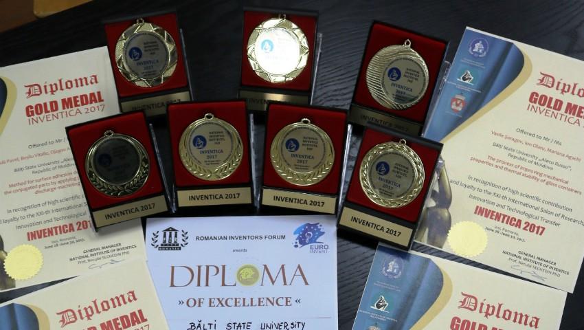 Foto: Studenții din Bălți au obținut 7 medalii de aur la un concurs din România