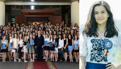 O absolventă a refuzat diploma oferită de președintele Dodon