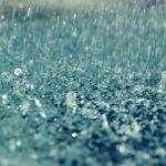Foto: Pregătim umbrelele, mâine va ploua în toata țara