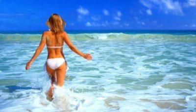 Trucuri pe care orice femeie trebuie să le știe când merge la mare