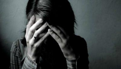 Un psiholog a fost acuzat că ar fi violat zeci de femei: le invita în cabinet, le dezbrăca și le filma
