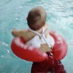 Foto: Colacul de înot poate fi periculos! Ce a pățit un copil care a fost lăsat nesupravegheat doar câteva secunde