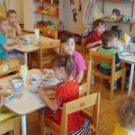Foto: Petiție! Părinții cer să fie incluși în grupul de lucru privind monitorizarea alimentației copiilor din grădinițe