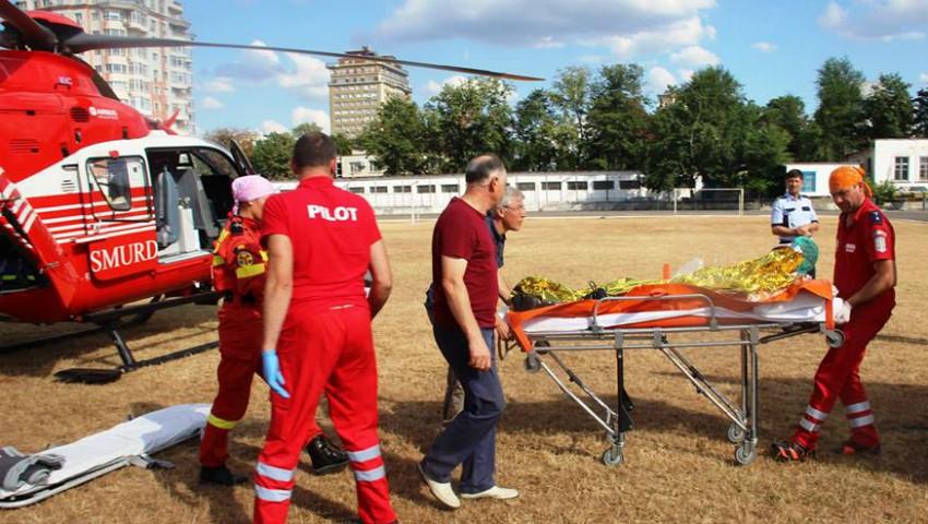 Video! Un bărbat din Ocnița care a suferit arsuri grave, a fost transportat la Chișinău de un echipaj SMURD