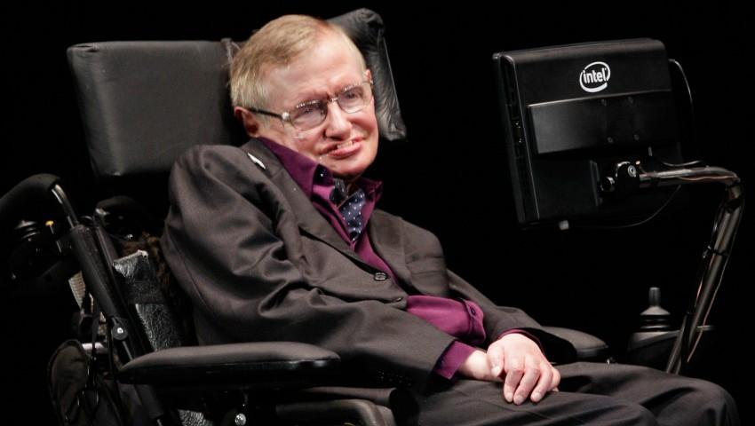 Foto: Cum arată fiica lui Stephen Hawking