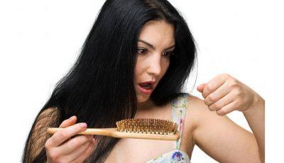 Îți cade părul în exces? Folosește acest remediu naturist care dă rezultate garantat!