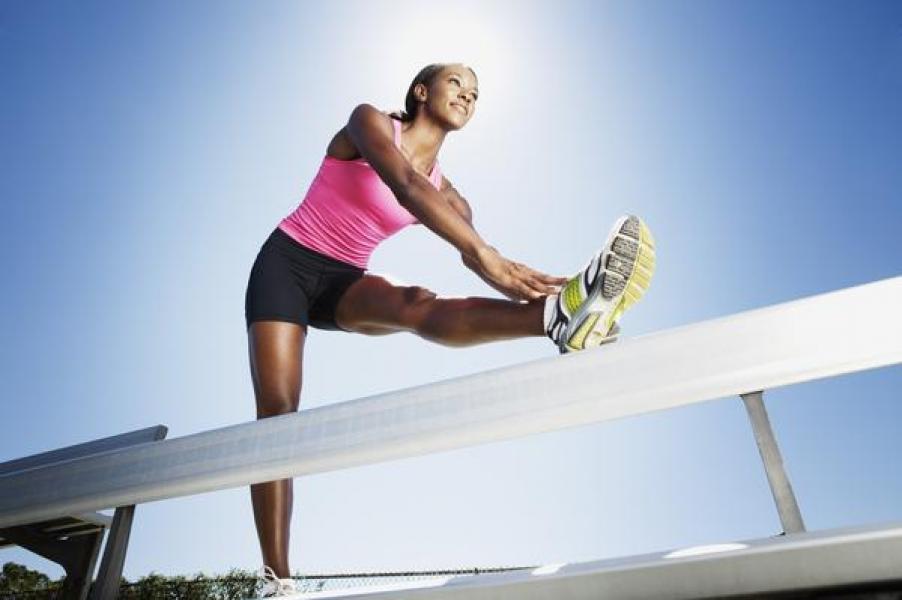 Foto: Exerciții pentru a-ți subția picioarele în doar câteva zile
