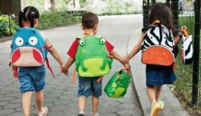 Ajutor material pentru 21 de copii orfani care vor merge anul acesta în clasa întâi