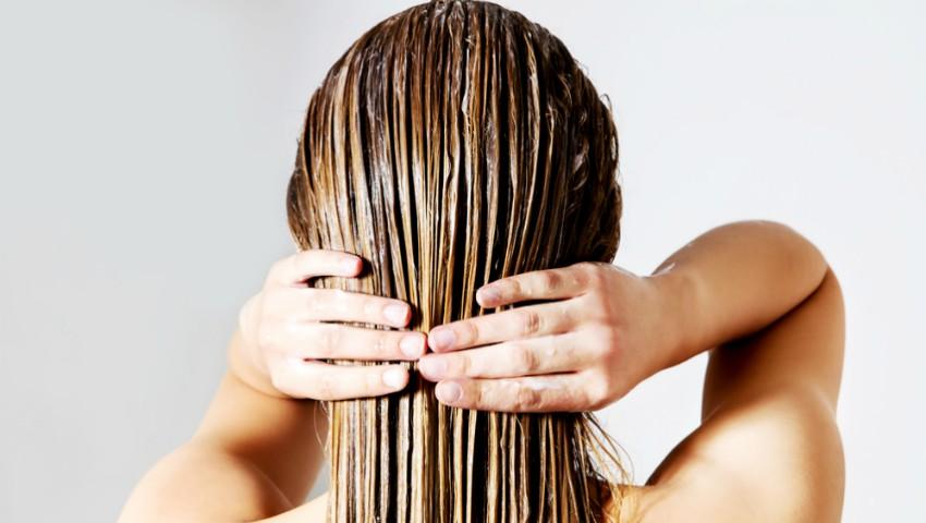 Foto: Sfaturi pentru îngrijirea părului cu tendințe de îngrășare