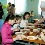 Foto: Grădinițele din Capitală se confruntă cu o mare criză de bucătari. Salariul de 1400 de lei este nemotivant