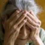 Foto: O moldoveancă își bătea periodic bătrâna pe care o îngrijea în Italia. Vezi imagini video, surprinse de către un vecin al blocului!