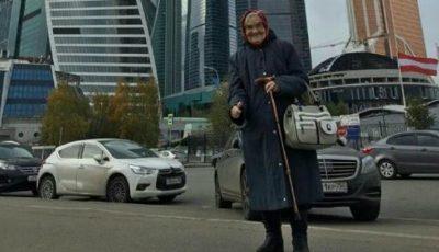 La 90 de ani, o bunicuță din Krasnoiarsk călătorește în toată lumea! Are 49.000 de urmăritori pe Instagram
