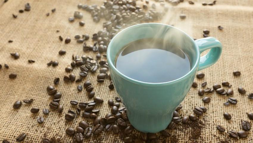 Foto: Motivul pentru care poți să adaugi sare în cafea în loc de zahăr. Știai asta?