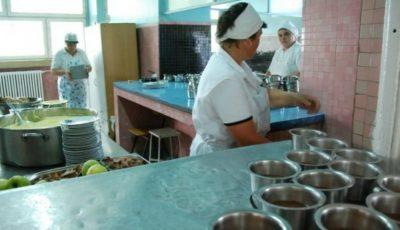 S-a constatat: Fiecare a cincea instituție de învățământ din Bălți prepară bucate în condiții insalubre