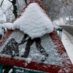 Foto: Într-o localitate din România a nins noaptea trecută. Stratul de zăpadă are 5 centimetri