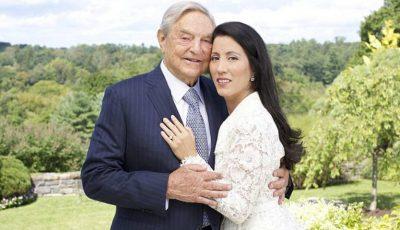 George Soros, celebrul investitor şi filantrop miliardar de 83 de ani, s-a căsătorit cu o femeie mai tânără decât el cu 41 de ani
