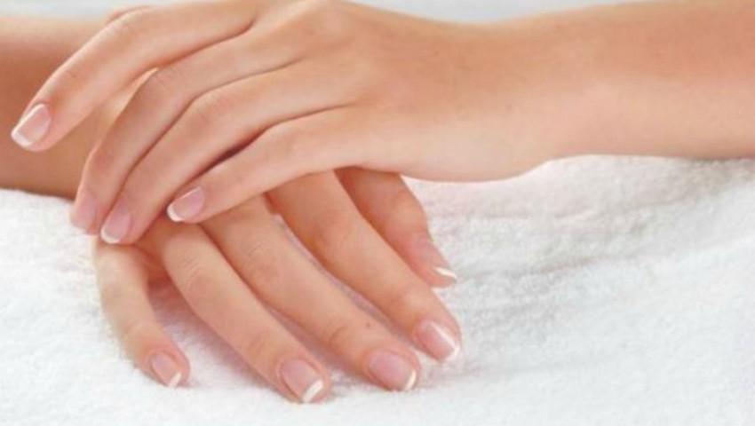 5 modalități pentru a-ți întineri mâinile cu 10 ani