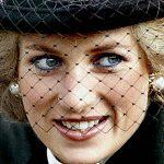 Foto: Prințesa Diana este cea care a introdus moda picioarelor goale și a pantofilor nude, la o casă regală