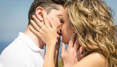 S-a aflat de ce închidem ochii în timpul sărutului