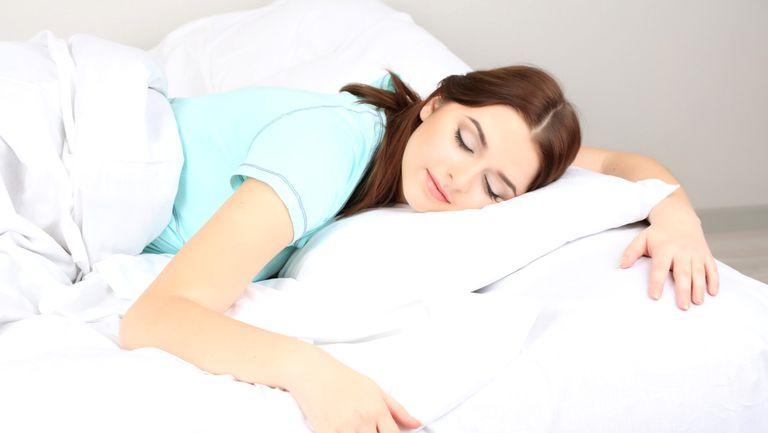 Foto: 5 lucruri interzise înainte de somn